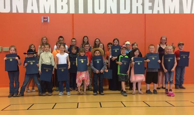 Jasper Elementary held a Prince and Princess contest recently, with the candidates being chosen for their Eagle excellence, both in and out of the classroom. Pictured are, back row, left to right, Abigail D. Hayden L, Clay B, Charley G, Avery A, Jordan O, Wyatt C, Cyerra K and Alex T; middle row, Ellie C, Austin P, Lincoln M, Shiloh S, Wyatt D, Laney C, Taylor H, Stein A, Ethan B and Jewel W; front row, Natalie T, Tucker G, Leon C, Anna A, Rubie B, Colt C, Rustin S and Karlan Z.