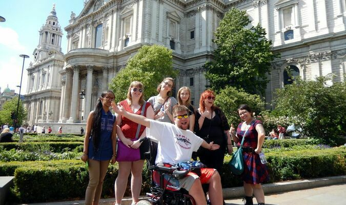 Jantzen with his group in front of St. Paul's Cathedral. Prince Charles and Princess Diana were married here in 1981.