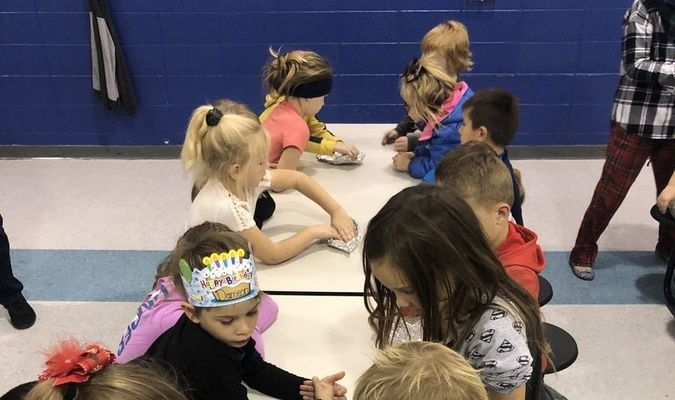 Photo courtesy of Zach Lemert/Lamar R-1 School District First graders construct boats out of tin foil.