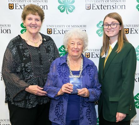 Missouri 4-H Foundation Trustees Joan Hickman with Monroe County 4-H volunteer Lois Spencer and State 4-H Council member Rachel Love (right). Photo by Casey Buckman.