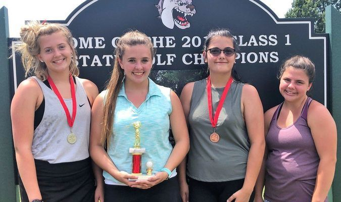 GIRLS AGES 15 - 18 (LHS GIRLS GOLF TEAM MEMBERS) WINNERS - Left to right - 2nd Place - Chloe Ebeling; 1st Place - Sheridan Bealmer; 3rd Place - Trista Smith; and 4th Place - Brooklyn Couch.