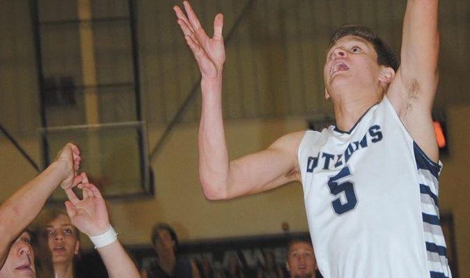 RETURNING STARTER: Marlow's Dawson Huddleston is the top returning scorer for the Outlaws this year after averaging nearly 17 points per game last season.