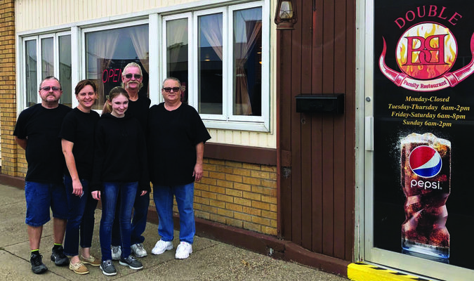 Double B Family restaurant at 305 Lewis in Canton features three generations of family working together. Pictured are Donnie Morgan, Bobbie Jo Morgan, Serenity Morgan, Bob Childress, Carla Childress.