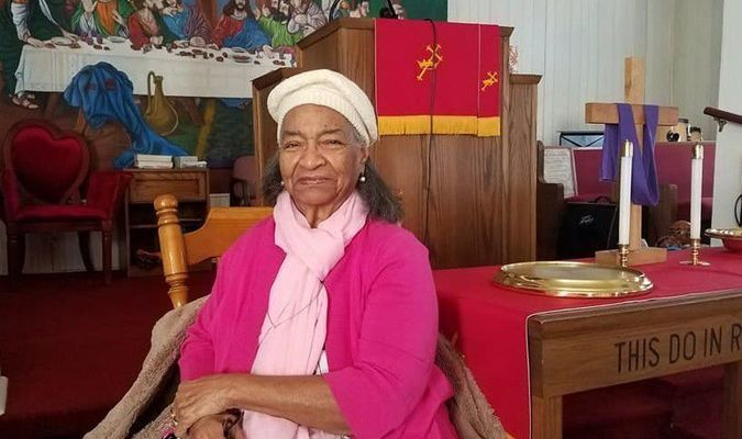 Rev. M. Faye Vaughn has served as the pastor of the Second Christian Church in New London for 25 years.