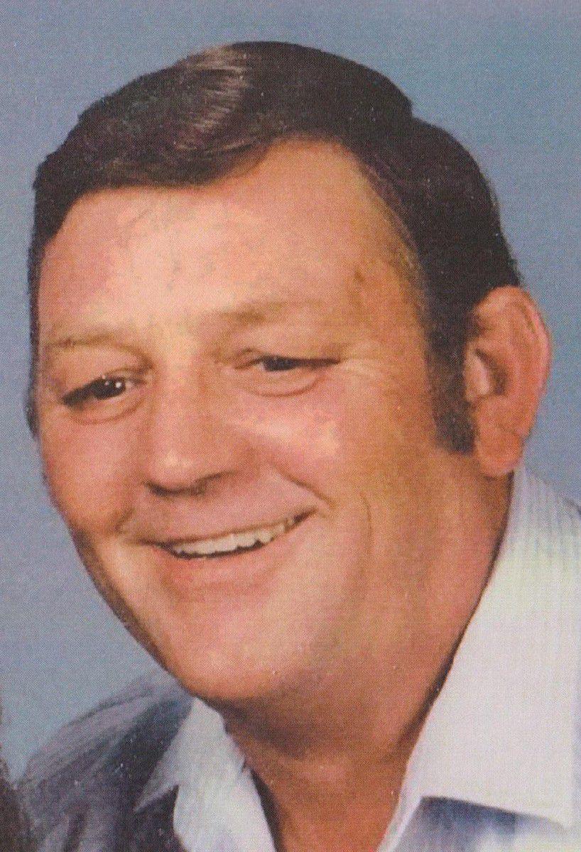 Wayne E  Vahle