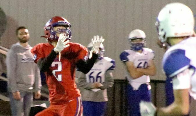 Wyatt Owens catches one of his three touchdown passes against Brookfield on Friday, October 22.  Photo by Mark Requet, Shelbina Weekly
