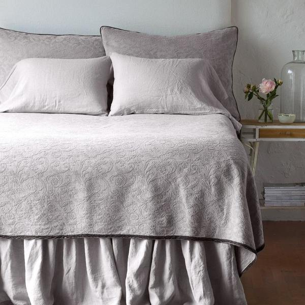 Bella Notte Linens Adele Coverlet - King or Queen