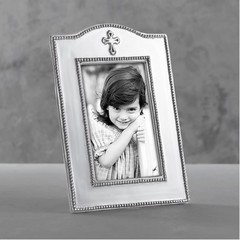 Beatriz Ball Baby Cross Vertical Frame (4x6)