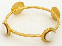 Susan Shaw Jewelry Gold with Coin Pearl Bracelet (2466WG)