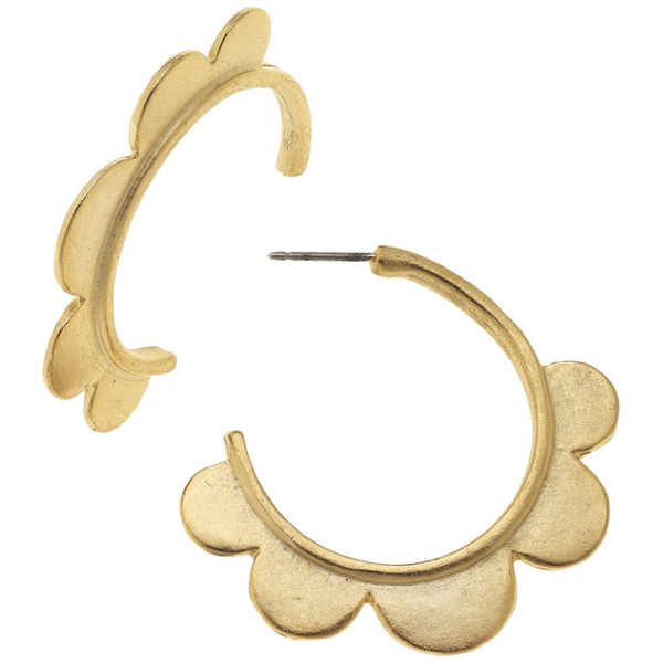 Susan Shaw Jewelry Gold Scallop Hoop Earrings (1487G)