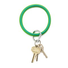 O-Ring Keychain Big O Key Ring - In The Grass