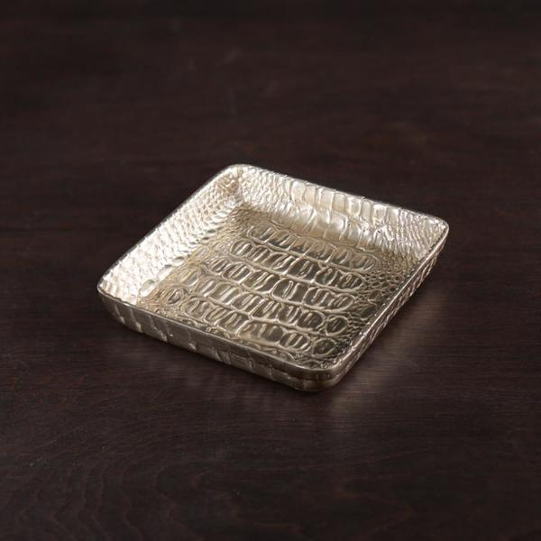 Beatriz Ball > Sierra > Croc Napkin Box Gold