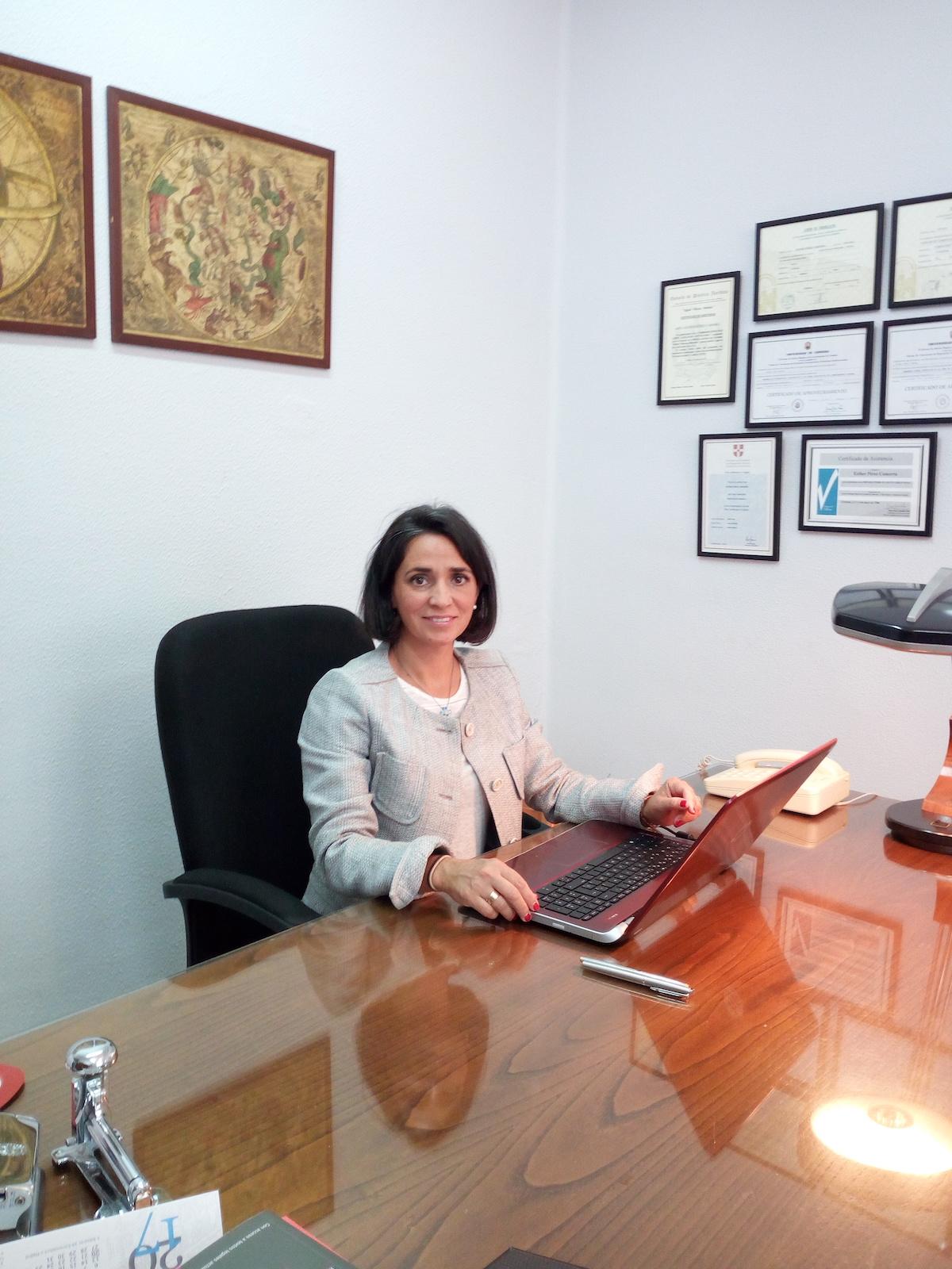 Abogada familia córdoba Esther Pérez Camorra