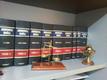 Foto estantería especial del despacho
