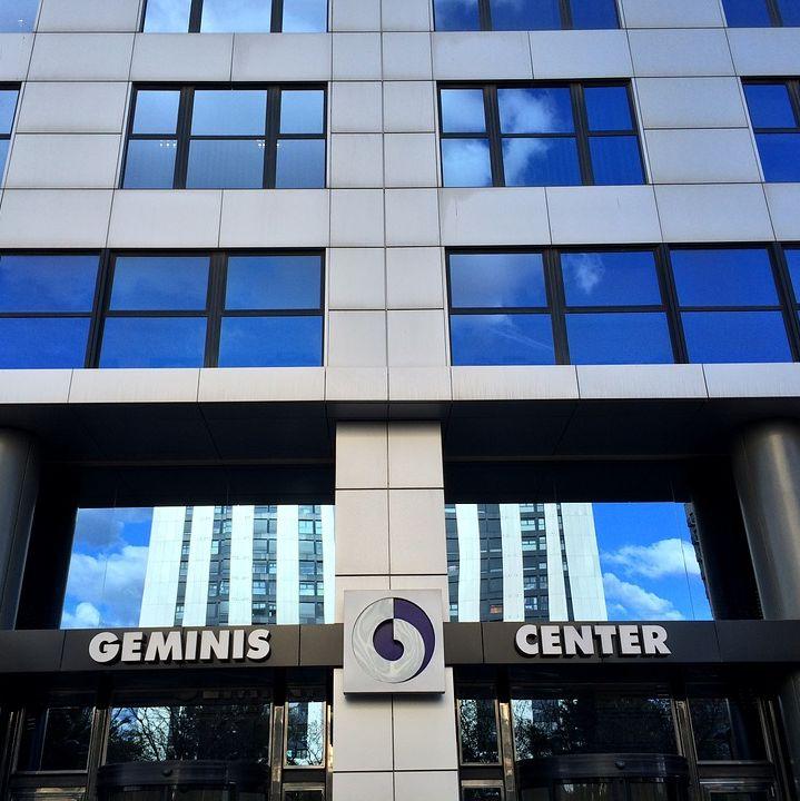 Nuestras oficinas en la Avenida Cortes Valencianas 39 (Edificio Géminis Center)