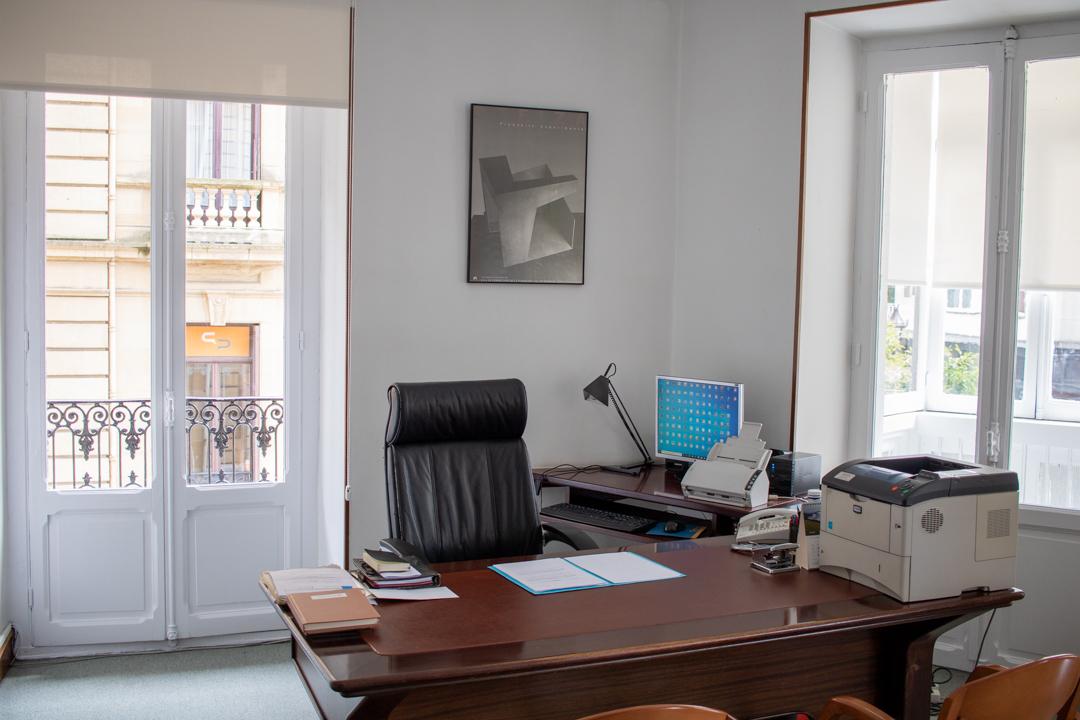 Despacho en San Sebastian