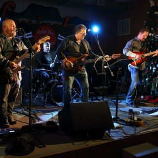 Rockin' Hoss & the Silver Spurs Rock Music in the Garden