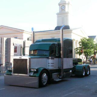 Semi Truck Lexington VA