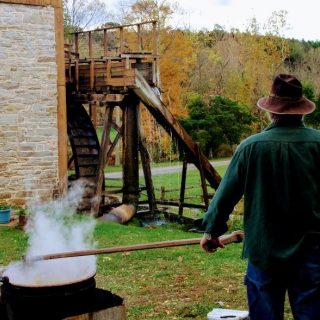 Wade's Mill Annual Apple Butter Festival