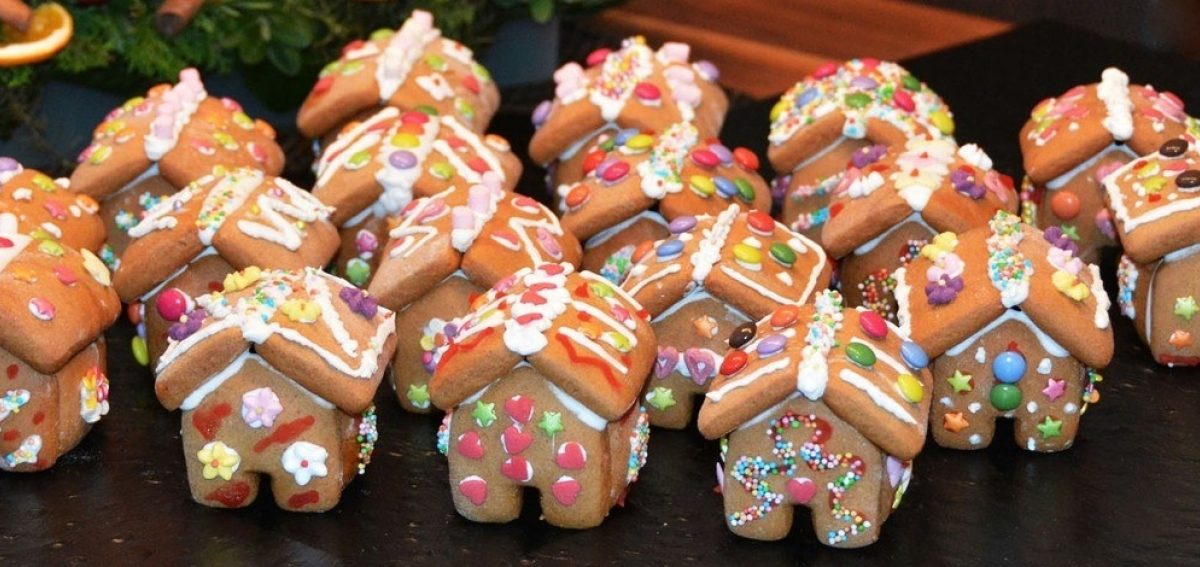 Gingerbread House 1101454 1920