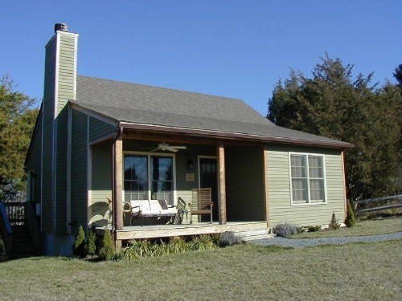 Lexington VA Cabin Autumn Ridge