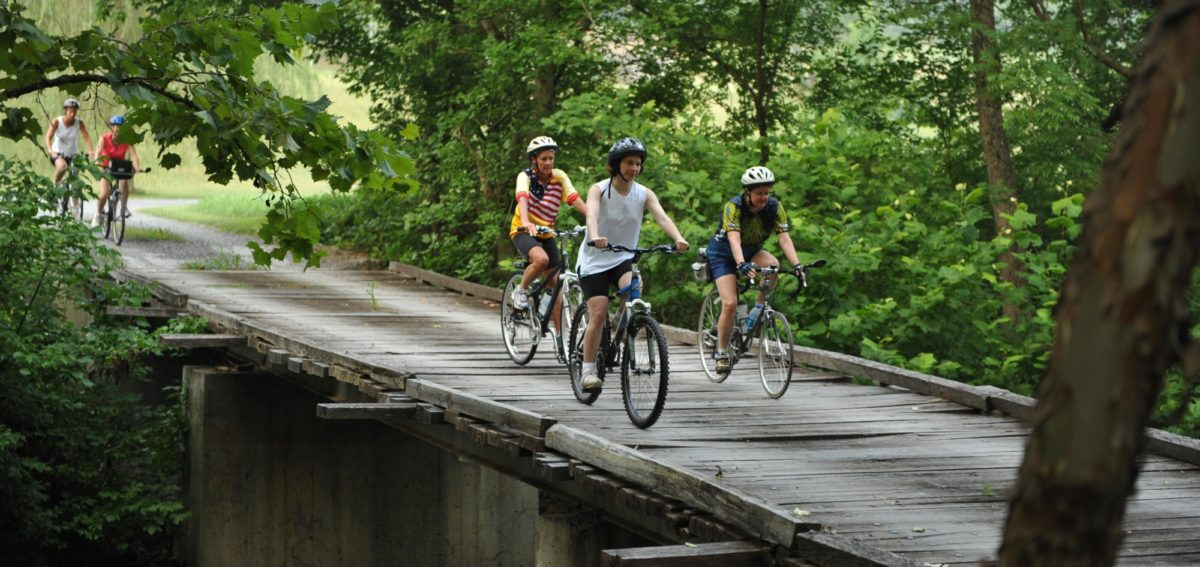 Biking LadiesonBridge Rockbridge