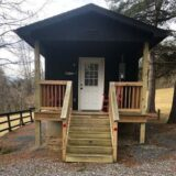 Lake Robertson Cabin exterior sq