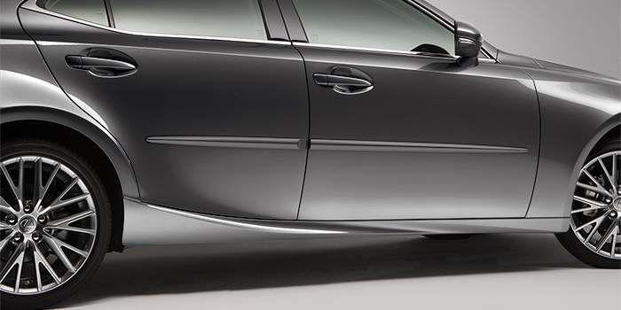 2018 Lexus IS Body Side Moulding