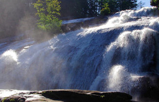 Top 60 waterfalls guide by romanticashevillecom footer2 local flavor avl visit explore recreation asheville