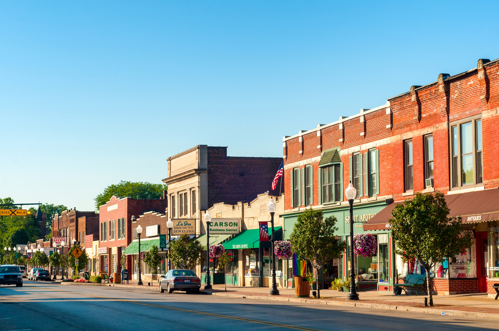 Stay Off The Grid In Small Town America