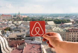 Hotel Chain Muscles in on Airbnb's Territory