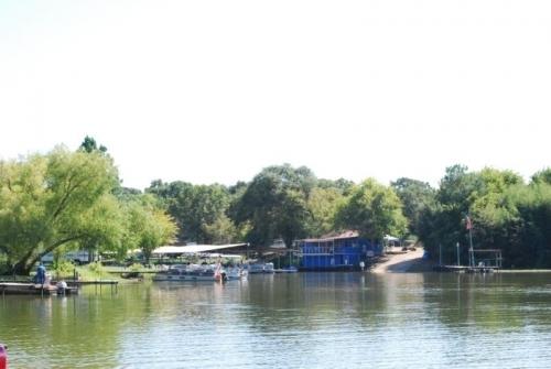 Fisherman 39 s wharf marina cedar creek lake for Cedar creek lake fishing