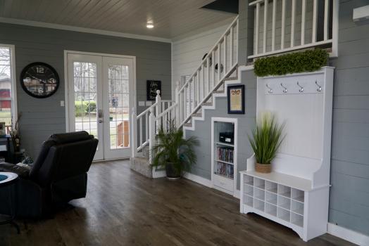 Sensational Beach House Feel Right On Cedar Creek Lake Sleeps 24 Download Free Architecture Designs Xaembritishbridgeorg