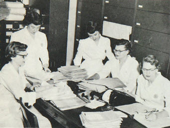 Medical Records Students of Sigma Mu Rho Sorority (mid-1950s)