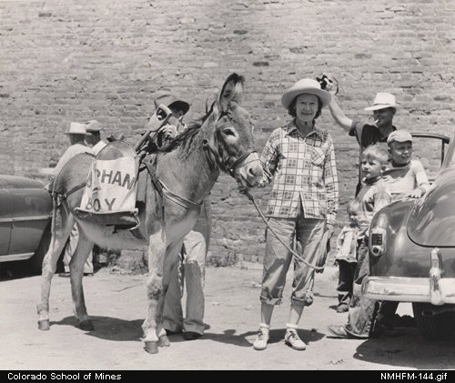 burro race contestants