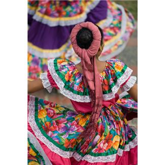 "Microsoft Office - Image (Photo): ""Traditional Mexican Dancers"""