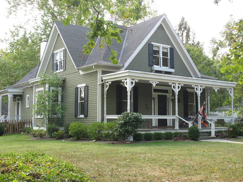 Yellow Power: Older Houses vs. Newer Houses