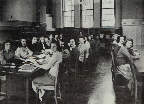 1946 Students Studying in Library