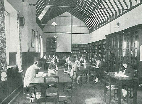 Phot of the Library in the 1920s or 1930s