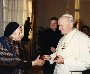 Anna Brady with Pope John Paul II