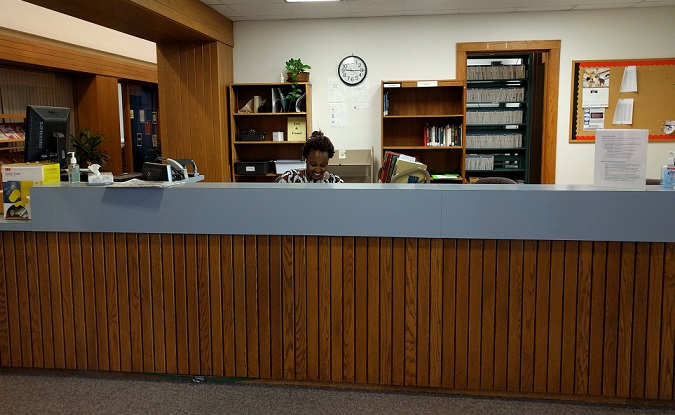 Image of the circulation desk