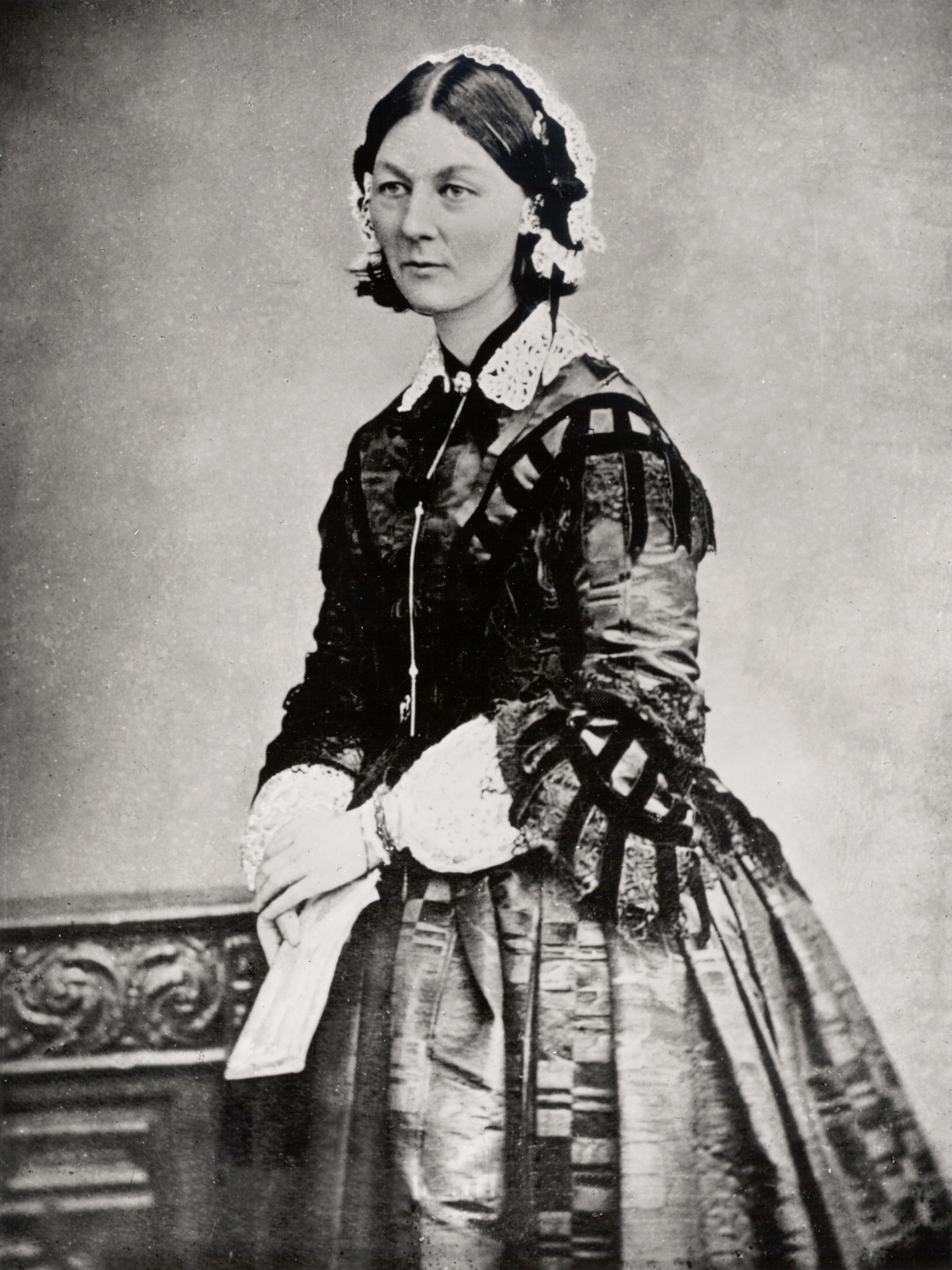 Portrait of Florence Nightingale wearing a lace hat