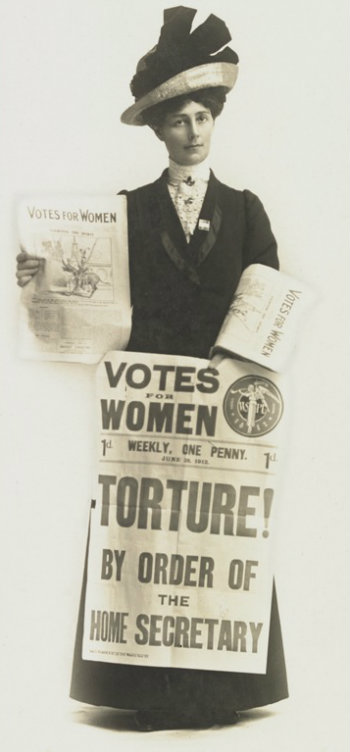 Vida Goldstein selling Votes for Women newspaper MS11749/PHO1