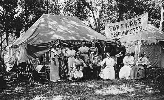 Suffrage headquarter group at Island Park, Winfield, Kansas, c. 1910