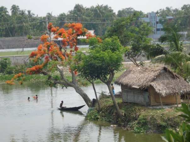 Bangladesh River and Homes
