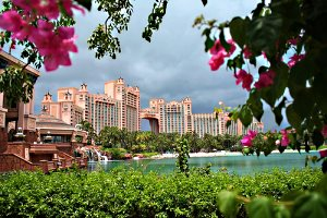 [Derek Key, 'Atlantis Resort - Bahamas', CC licence: CC BY 2.0 (http://creativecommons.org/licenses/by/2.0/deed.en) Image source: flickr (http://www.flickr.com/photos/32211216@N06/3861456767)]