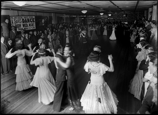 B&W old fashioned photo of people dancing