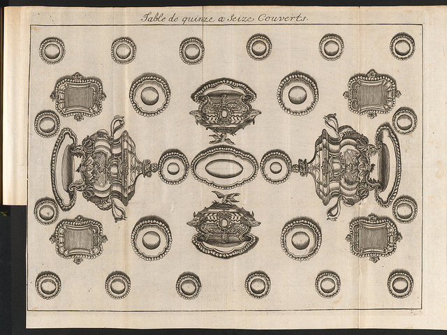 Table de quinze a seize couverts, engraving from Vincent La Chapelle's Le Cuisinier Moderne, volume 6. 1742.