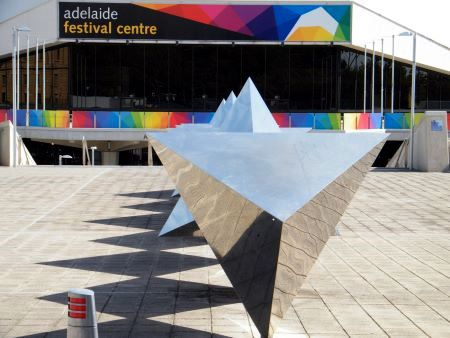 Sculpture by Bert Flugelman at the Festival Centre Adelaide/Australia - Photo by Michael Zimmer, Brisbane Australia.