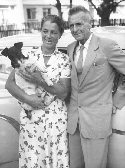 Maragte and JLB Smith with marlin